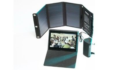 Deluxe 10-Inch Tablet Set for Eight Viewers